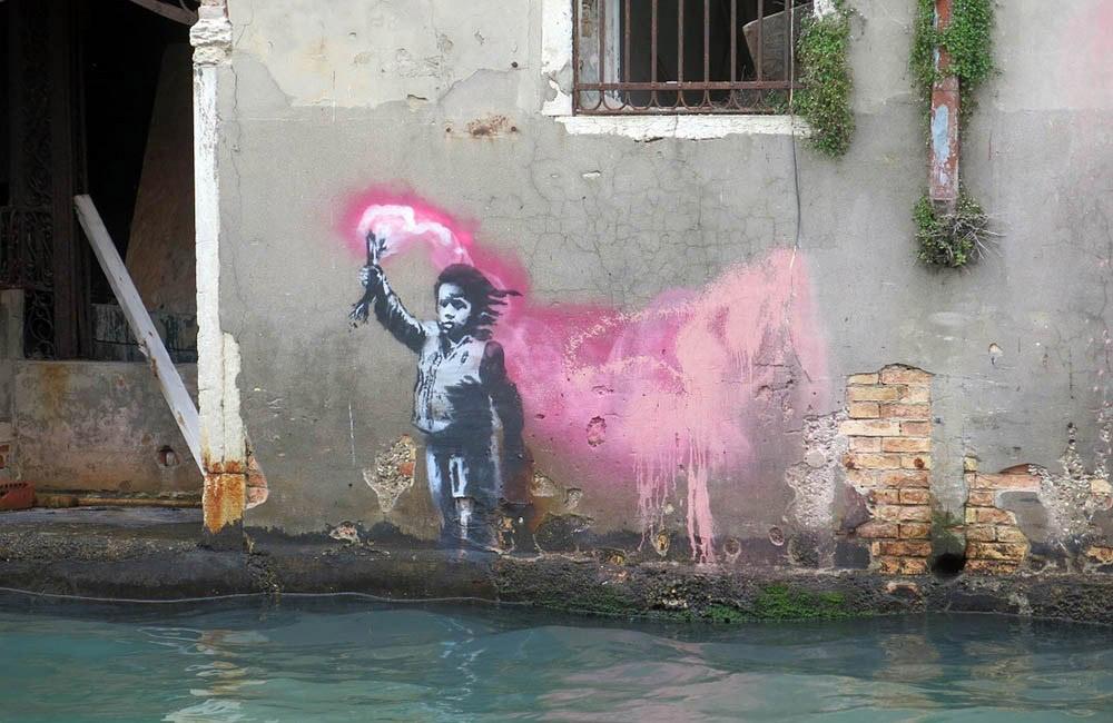 Το γκράφιτι στη Βενετία που αποδίδεται στον Μπάνκσι.