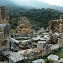 Άποψη του κεντρικού κλίτους της εκκλησίας της Επισκοπής, από βορειοανατολικά.