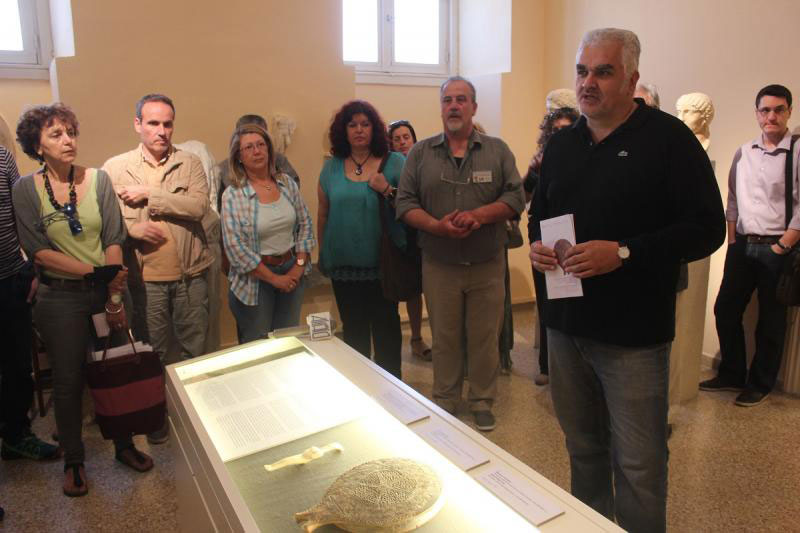Δημήτρης Αθανασούλης: «Στόχος μας είναι να ενισχύσουμε αφενός την εξωστρέφεια και αφετέρου να δώσουμε στα μουσεία των Κυκλάδων έναν άλλον χαρακτήρα, ότι αποτελούν κέντρα πολιτισμού. Να εξοικειωθεί ο κόσμος με την έννοια του αρχαιολογικού μουσείου ως πυρήνα πολιτισμού».