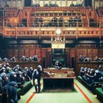 «Στο σφυρί» το βρετανικό κοινοβούλιο με τους χιμπατζήδες του Banksy