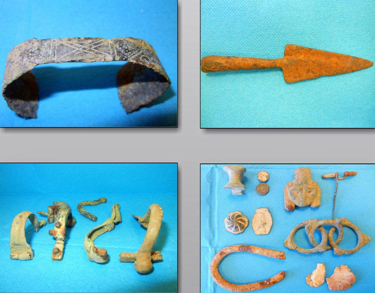 Αντικείμενα μεγάλης αρχαιολογικής αξίας βρέθηκαν στη διάρκεια των ερευνών σε περιοχές της Λάρισας, της Καρδίτσας και της Αττικής (φωτ.: Ελληνική Αστυνομία).