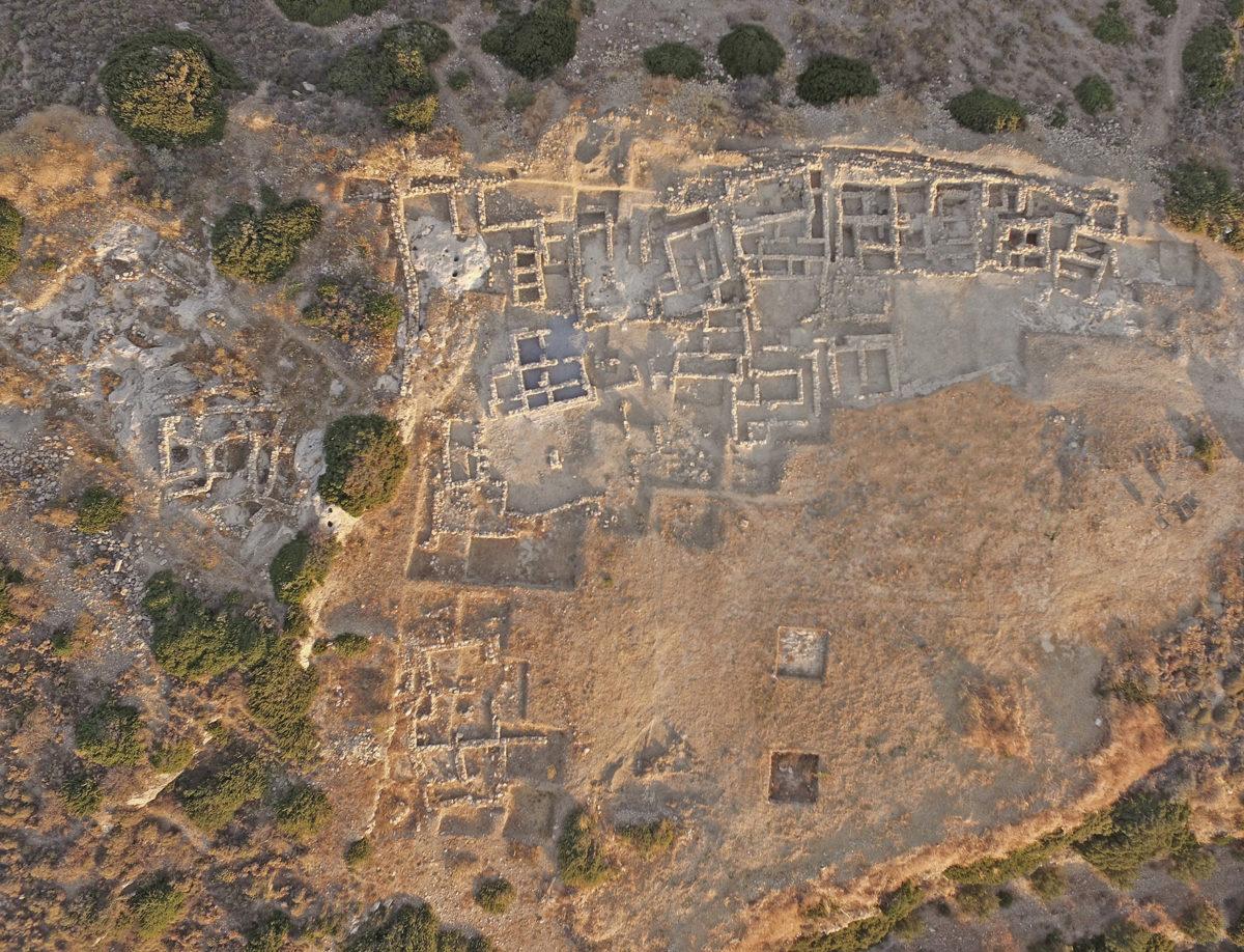 Εκστρατεία για το νεκροταφείο του μινωικού ανακτόρου στον Πετρά