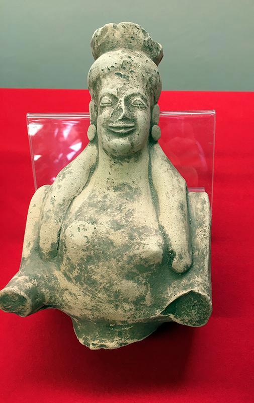 Η σπείρα πραγματοποιούσε παράνομες ανασκαφές σε χώρους που δεν έχουν ακόμη ερευνηθεί από τους αρχαιολόγους (φωτ.: Europol).