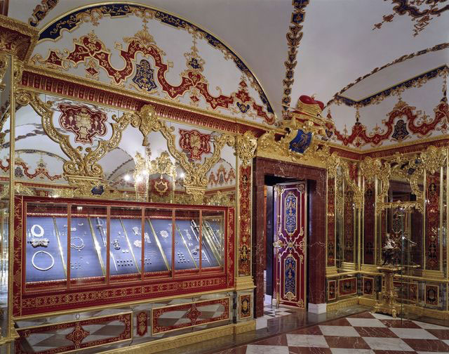 Tο μουσείο Grünes Gewölbe φιλοξενεί μία από τις σημαντικότερες συλλογές θησαυρών στην Ευρώπη (© Grünes Gewölbe, Staatliche Kunstsammlungen Dresden. Φωτ.: David Brandt).