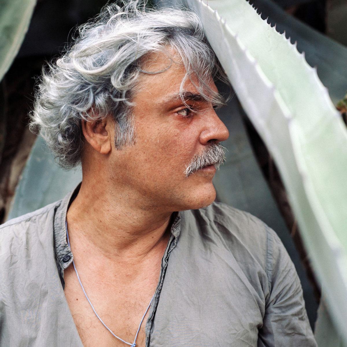 Νίκος Καραθάνος, σκηνοθέτης. Φωτογραφία: Πάρις Ταβιτιάν.