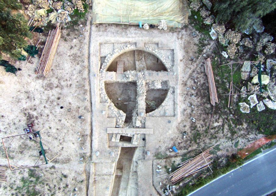 Ένας από τους δύο θολωτούς τάφους που ανασκάφηκαν πρόσφατα (φωτ.: ΥΠΠΟΑ).