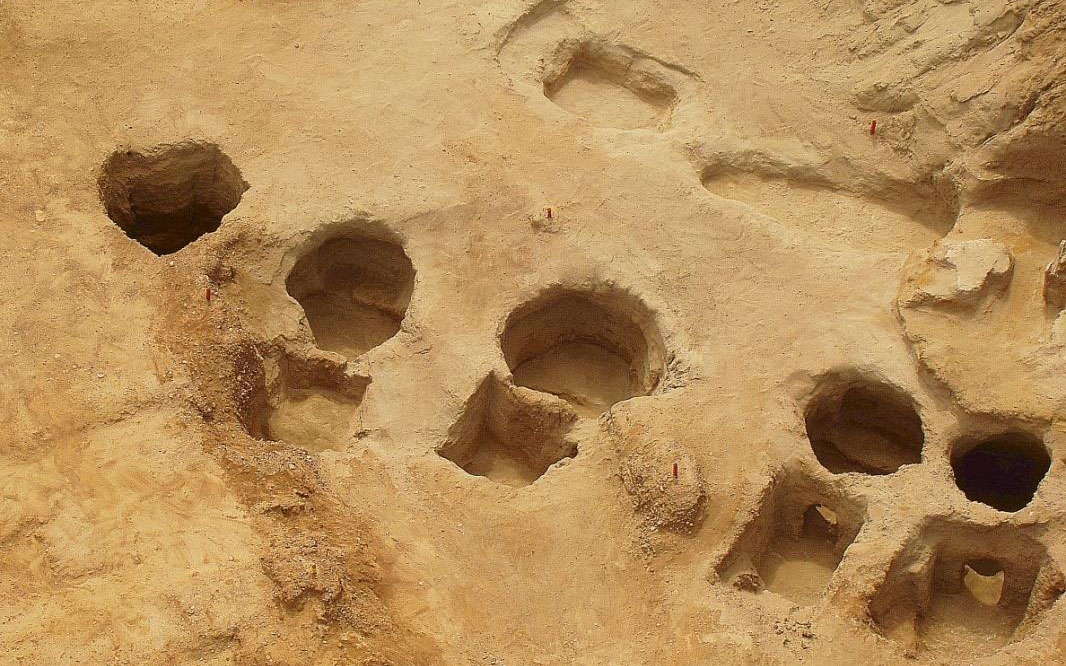 Κυκλάδες-Πελοπόννησος: μαρτυρίες επαφών στον Ρωμανό Πυλίας