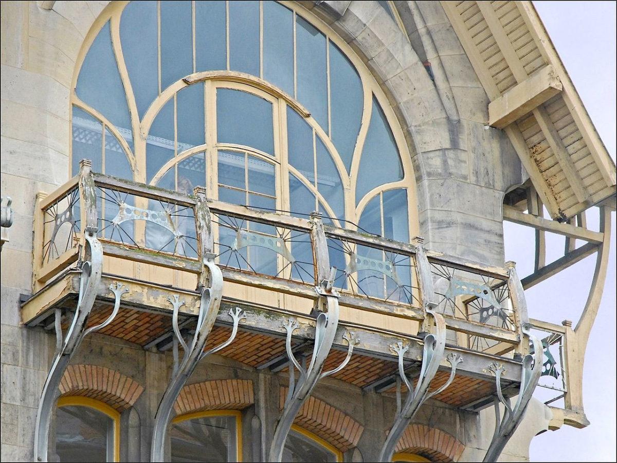 Το παράθυρο του στούντιο του Λουί Μαζορέλ (φωτ.: Wikipedia).
