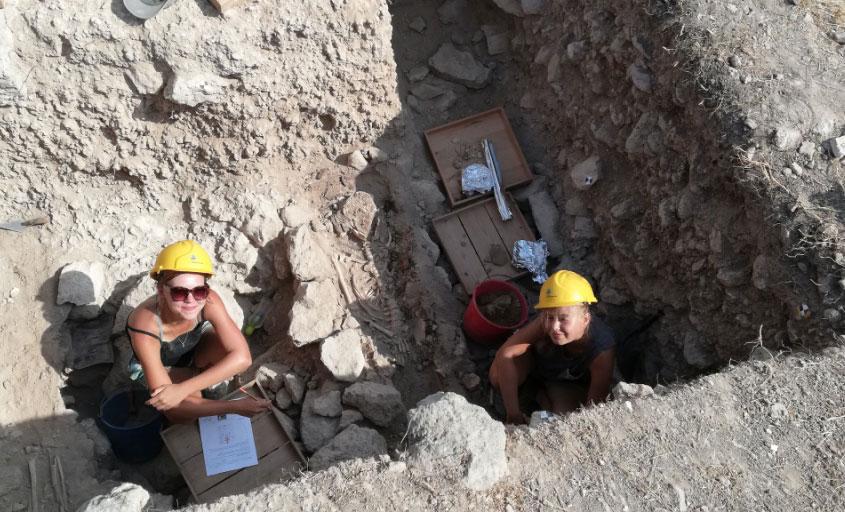 Ανασκαφή στην Αγορά της Νέας Πάφου: Τομή TT.VII, 2019 (φωτ.: Τμήμα Αρχαιοτήτων Κύπρου).