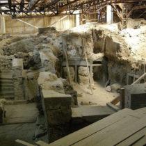 Γύρω στο 1560 π.Χ. η έκρηξη του ηφαιστείου της Θήρας