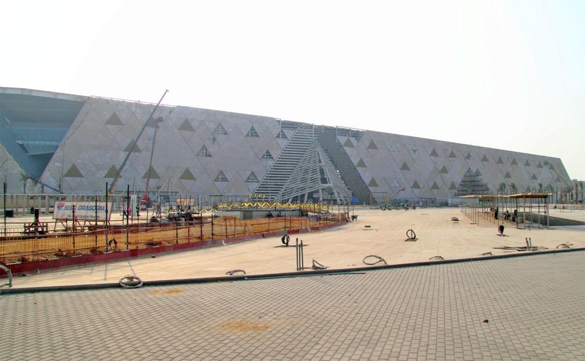 Το 2021 τα εγκαίνια του νέου Αρχαιολογικού Μουσείου της Γκίζας