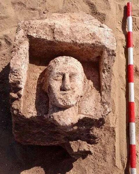Ταφική στήλη της Ελληνορωμαϊκής περιόδου από την Οξύρρυχγο. Πηγή: MoTA Egypt.