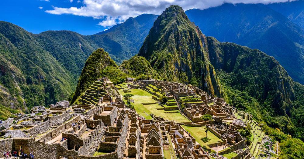 Το Μάτσου Πίτσου, το όνομα του οποίου σημαίνει Παλιό Βουνό στη γλώσσα Κέτσουα, οικοδομήθηκε επί βασιλείας του αυτοκράτορα Πατσακούτι (1438 -1471). Ανακαλύφθηκε το 1911 και συμπεριελήφθη στην Παγκόσμια Κληρονομιά της UNESCO το 1983.