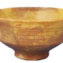 Κούπα βενετικής κεραμικής ή κεραμικής με ρουλέτα (τέλος 13ου–14ος αι.). Φωτογραφικό αρχείο της Εφορείας Αρχαιοτήτων Ηλείας/ΥΠΠΟΑ/ΤΑΠ.