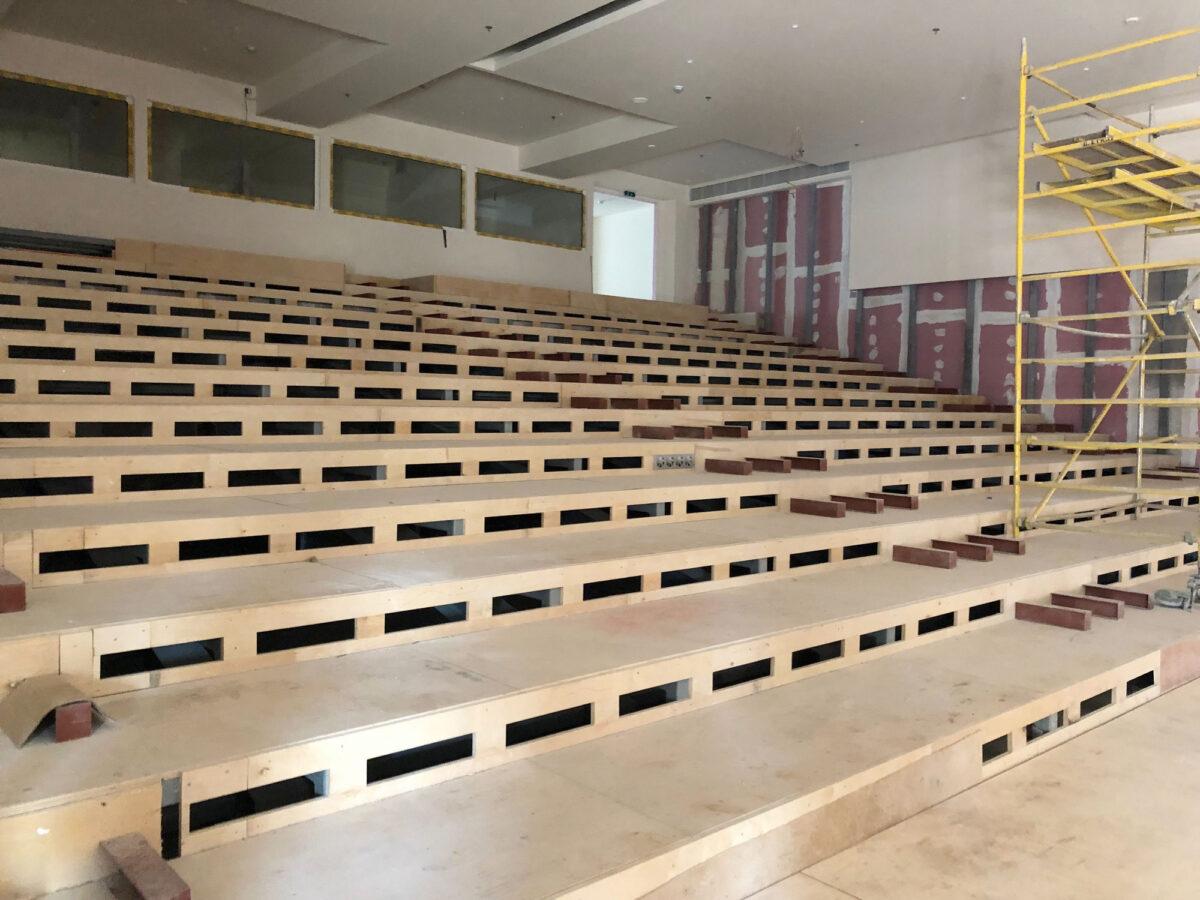 Σε εξέλιξη βρίσκεται η κατασκευή του κεντρικού αμφιθεάτρου της Εθνικής Πινακοθήκης, το οποίο θα παραδοθεί ολοκληρωμένο τον προσεχή Οκτώβριο (φωτ.: ΥΠΠΟΑ).