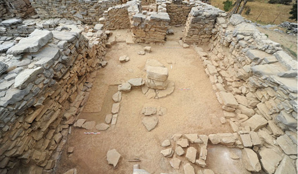 Η αρχαία Ζώμινθος είναι το μόνο ανάκτορο που βρίσκεται σε ορεινή περιοχή και βρίσκεται εκεί διότι εκεί βρίσκεται και το Ιδαίον Άντρο πού είναι το σημαντικότερο Ιερό στην Κρήτη, σύμφωνα με την ανασκαφέα.