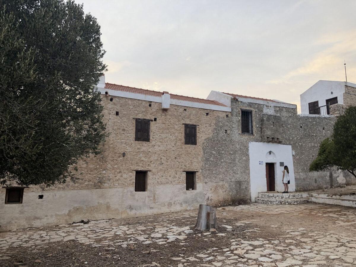 Η Μονή Αγίου Γεωργίου του Βουνού στο Καστελόριζο (φωτ.: ΥΠΠΟΑ).
