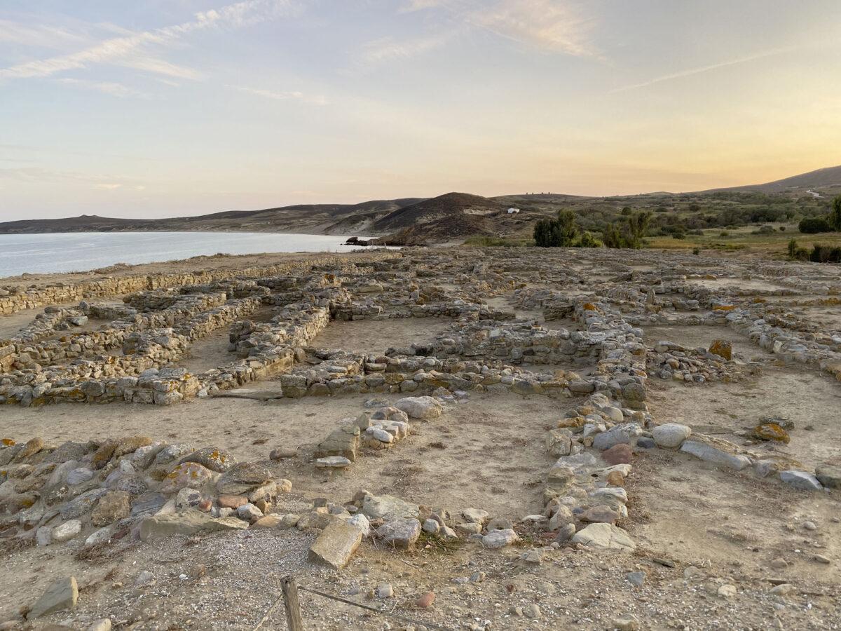 Στον αρχαιολογικό χώρο της Πολιόχνης (φωτ.: ΥΠΠΟΑ).