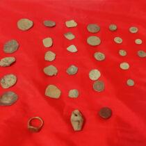 Παράνομη ανασκαφή σε αρχαιολογικό χώρο της Πέλλας