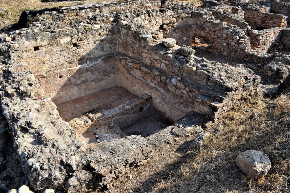 Χώρος του Βαλανείου που μετατράπηκε σε ληνό (φωτ.: Εφορεία Αρχαιοτήτων Ανατολικής Αττικής).