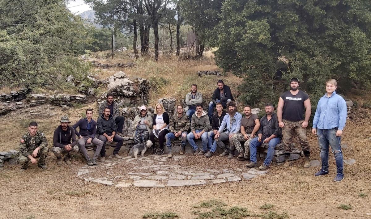 Η ανασκαφική ομάδα (φωτ.: ΥΠΠΟΑ).