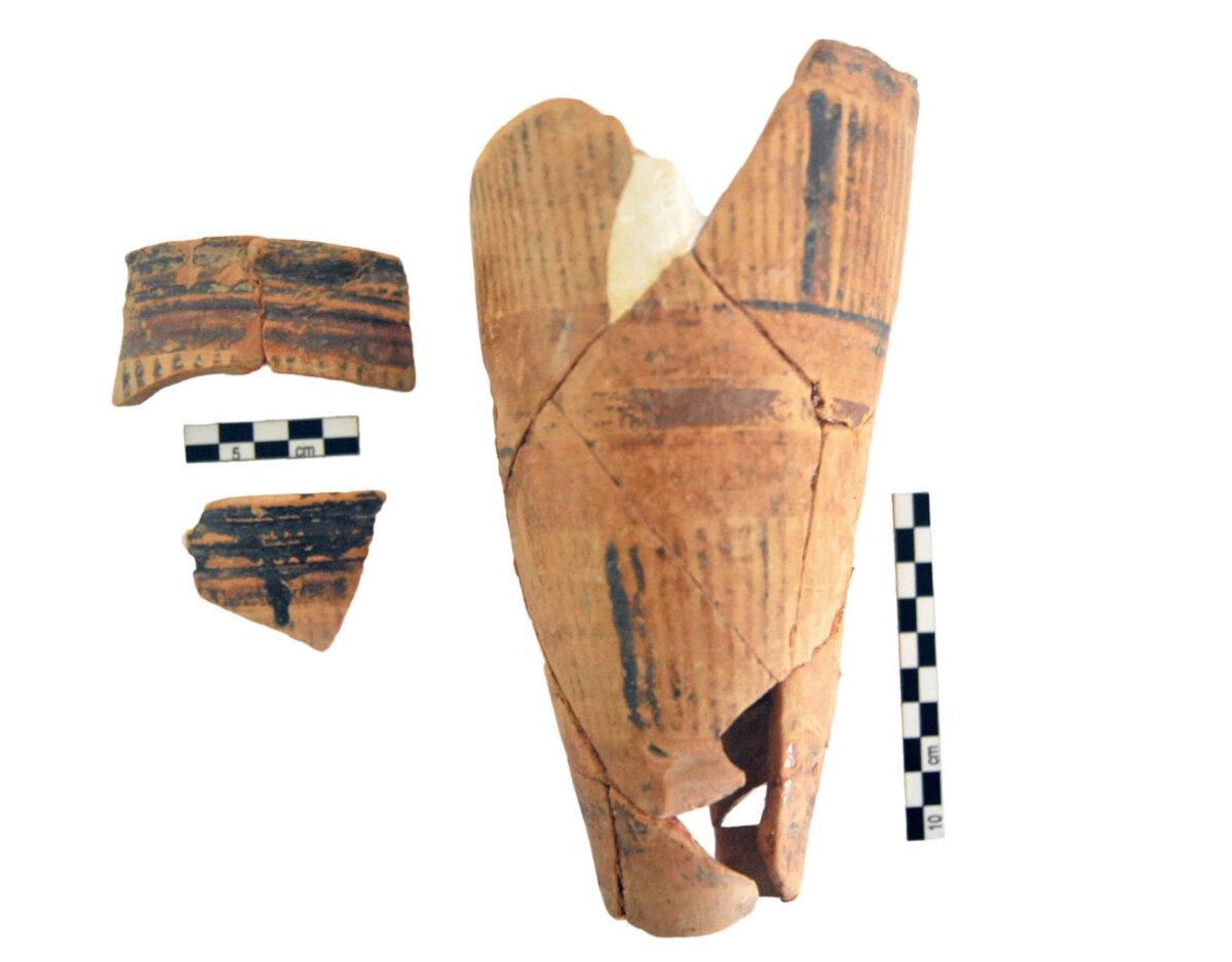 Αγγεία που αποκαλύφθηκαν στη Ζώμινθο (φωτ.: ΥΠΠΟΑ).