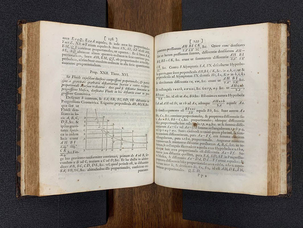 Αντίτυπο του έργου «Principia». Φωτ.: Caltech Archives.