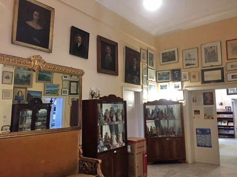 Δημόσια Ιστορική Βιβλιοθήκη Ζακύνθου (φωτ.: ΑΠΕ-ΜΠΕ).