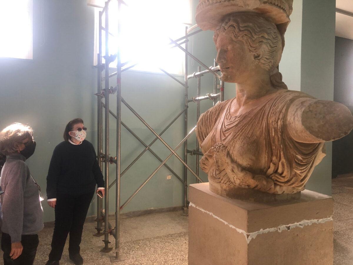 Η Καρυάτιδα στο Αρχαιολογικό Μουσείο Ελευσίνας (φωτ.: ΥΠΠΟΑ).