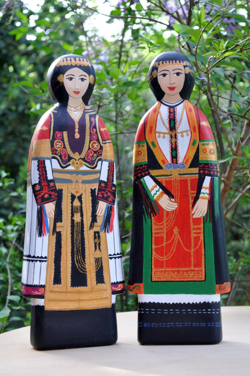Ξύλινες κούκλες της Ειρήνης Κουρτζέλλη (φωτ.: Ειρήνη Κουρτζέλλη).