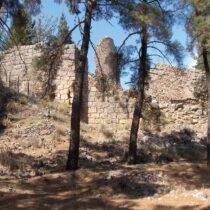 Κάστρο Άμφισσας, εσωτερικός χώρος του μεγάλου περιβόλου.