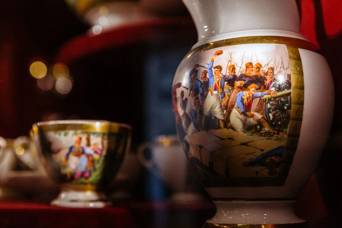 Άποψη της έκθεσης «Αρχαιολατρεία και Φιλελληνισμός. Συλλογή Θανάση και Μαρίνας Μαρτίνου», που φιλοξενείται στο Μουσείο Κυκλαδικής Τέχνης (φωτ.: Πάρις Ταβιτιάν).