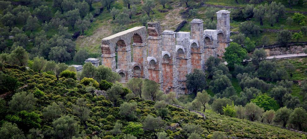 Κίνδυνος κατάρρευσης του ρωμαϊκού υδραγωγείου στη Μόρια