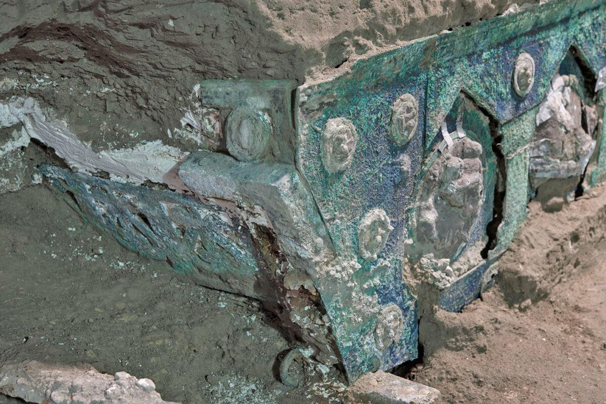 Ρωμαϊκό άρμα αποκαλύφθηκε κοντά στην Πομπηία