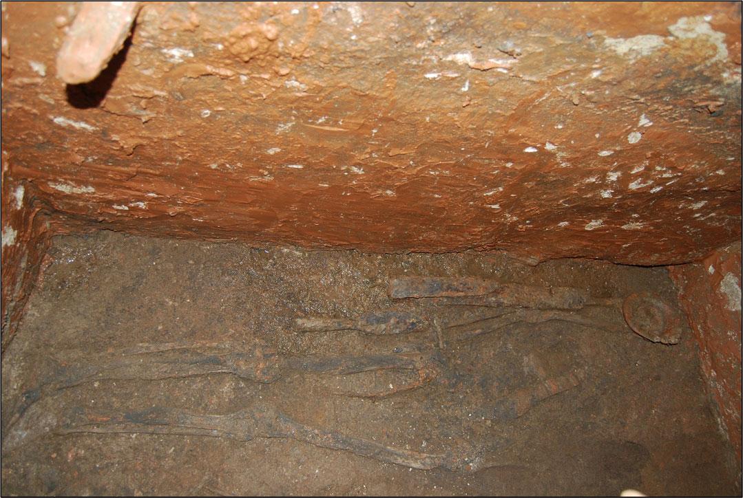 Ο τάφος του Γότθου πολεμιστή (φωτ: Μ. Παϊσίδου / Ε. Μανιώτης).