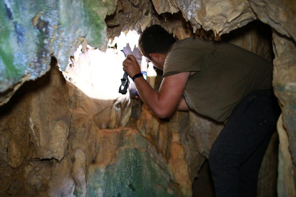 Πρέβεζα: Ένα σπήλαιο αποκάλυψε η περιέργεια νεαρών