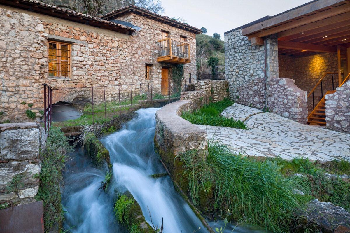 Το Υπαίθριο Μουσείο Υδροκίνησης στη Δημητσάνα (φωτ.: ΠΙΟΠ).