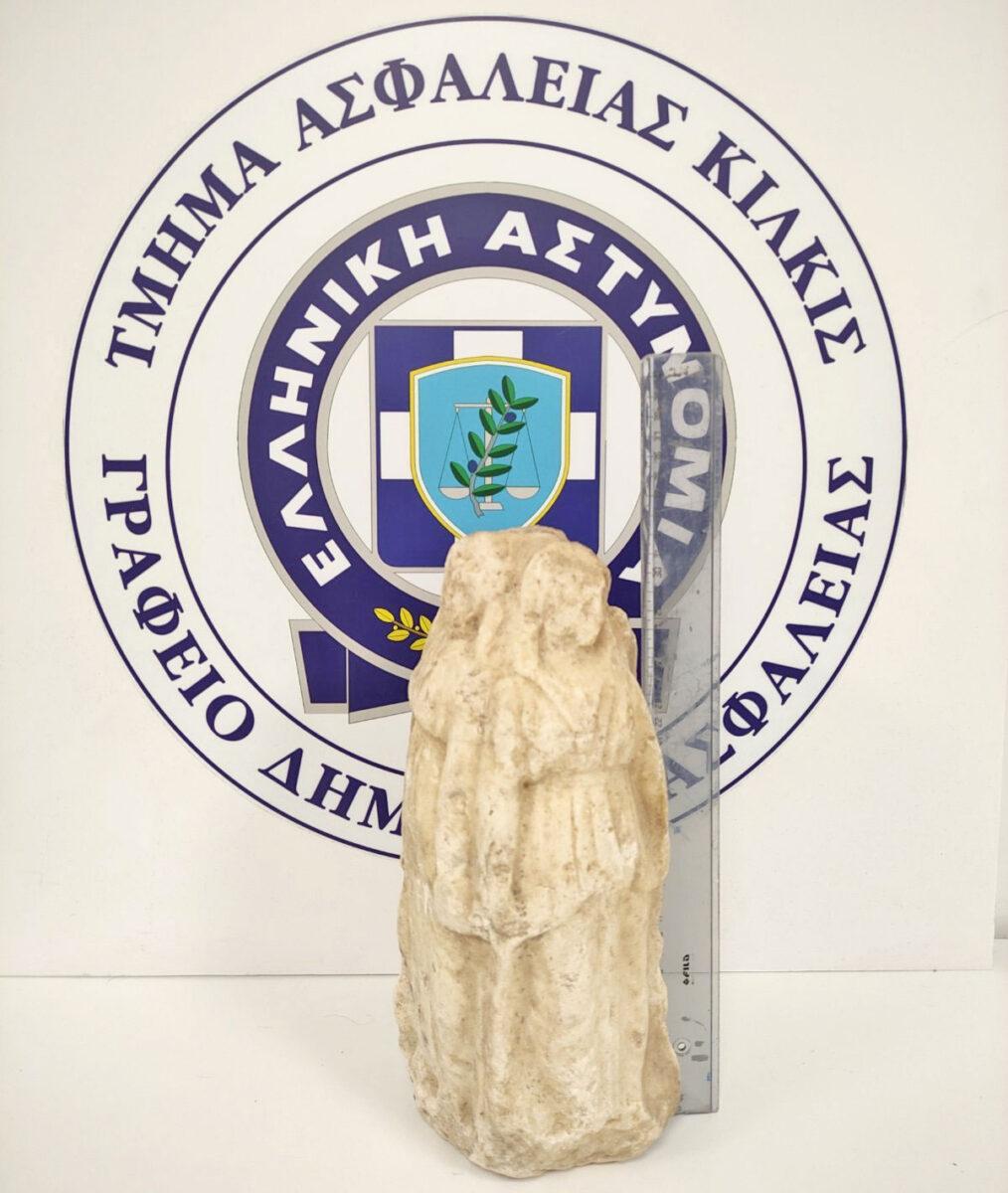 Σύλληψη για απόπειρα πώλησης αρχαίου αγαλματιδίου