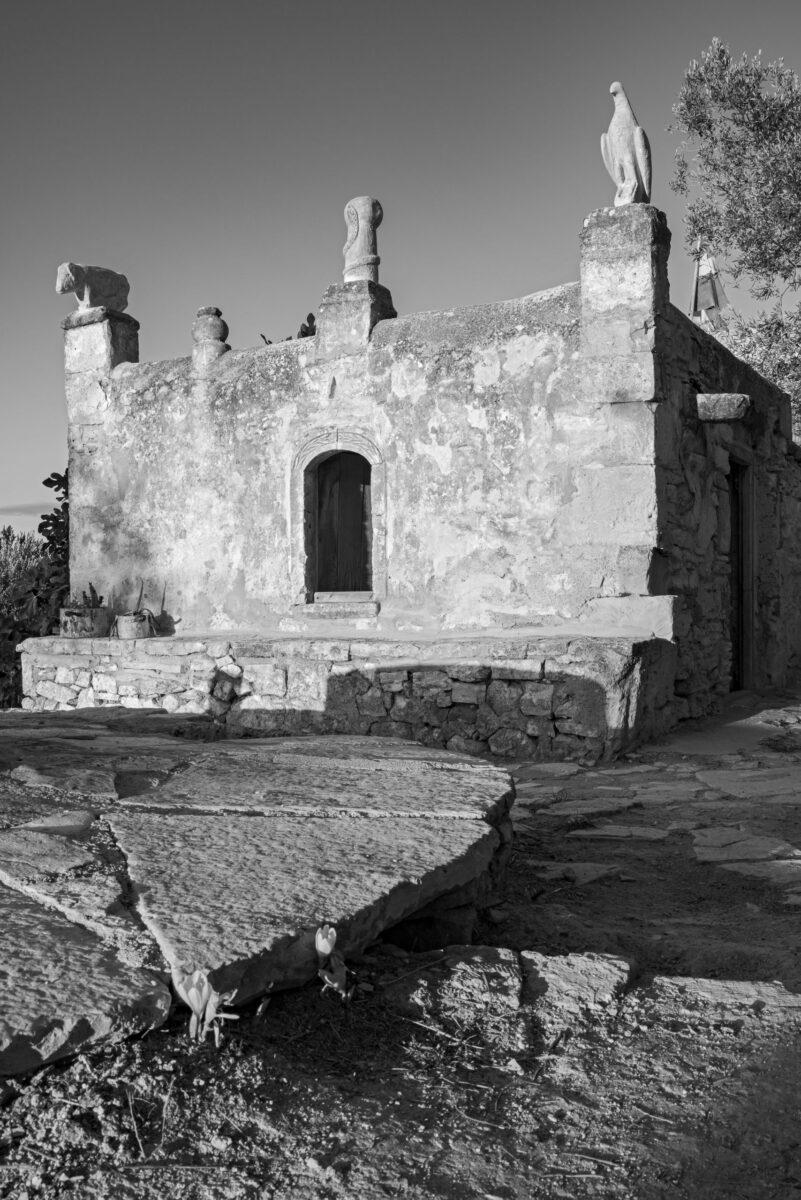 Το σπίτι του Ροδάκη στον Μεσαγρό της Αίγινας (πηγή εικόνας: ΟΠΑΝΔΑ).