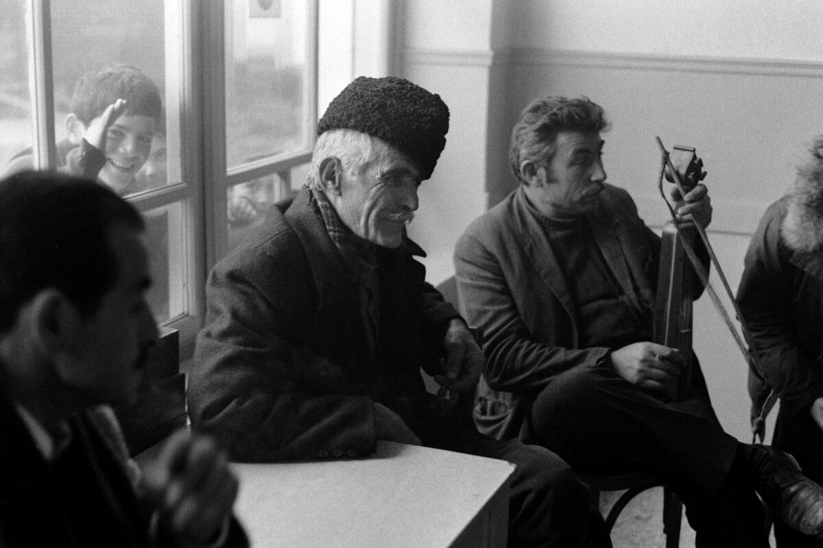 «Βαλκανικοί αντίλαλοι» του Αμερικανού λαογράφου Martin Koenig